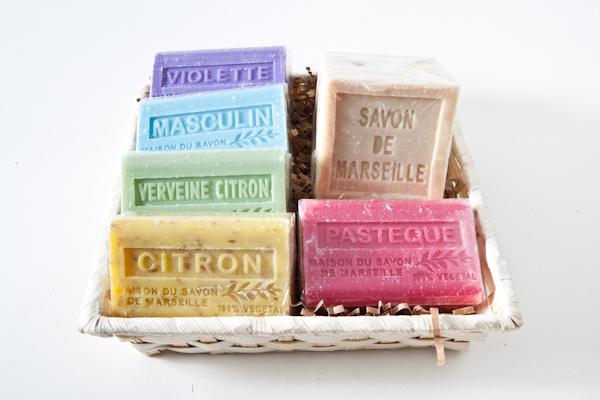 Composition de marseille bulles de savon savonnerie artisanale cannes - Composition savon de marseille ...